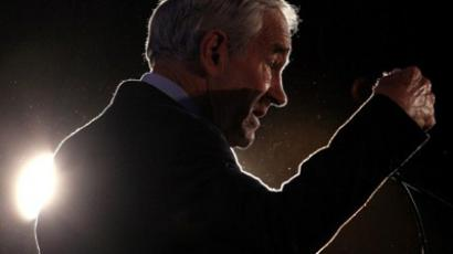 Ron Paul attacks Rick Perry with latest video