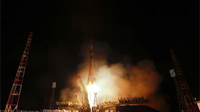 The Soyuz TMA-21 launched from the Baikonur Cosmodrome in Kazakhstan on Tuesday, April 5, 2011, carrying Expedition 27 Soyuz Commander Alexander Samokutyaev, NASA Flight Engineer Ron Garan and Russian Flight Engineer Andrey Borisenko to the International Space Station. (NASA / Carla Cioffi)