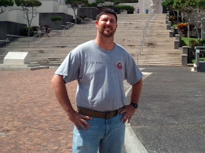 Wade Hicks Jr. in Hawaii at the National Memorial Cemetery of the Pacific (Photo from www.hawaiireporter.com)