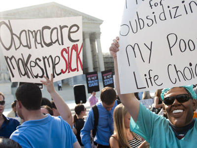 Supreme Court gives 'Obamacare' green light, but strikes down Medicaid expansion