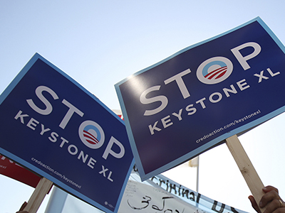 A group of demonstrators rally against the controversial Keystone XL oil pipeline. (Reuters / Stephen Lam)