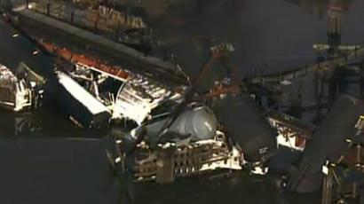 New Jersey train derailment sends chemical tanks into creek (Screenshot from nj1015.com)