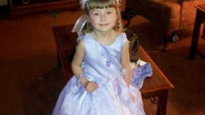 Meet Isabella Brademeyer: the 4 year-old, 'gun-smuggling high security threat' (photo/Facebook)