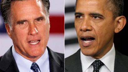 Mitt Romney (L) and Barack Obama