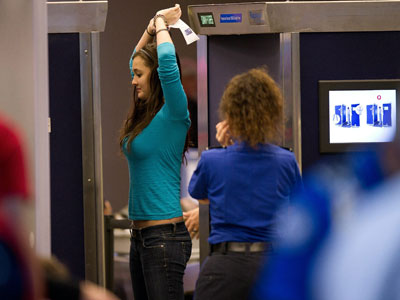 US airlines refuse to board passengers based on their clothing