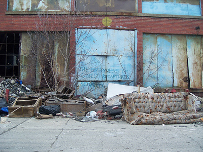 Detroit population falls to lowest level in 100 years