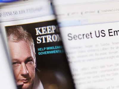 US cracks down, extends Patriot Act, targets WikiLeaks