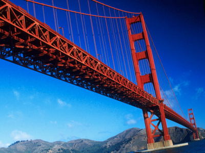 US teen survives Golden Gate Bridge jump