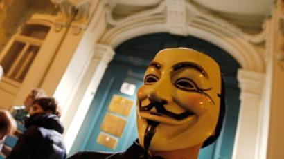 Anonymous reveals links between US and British nazis