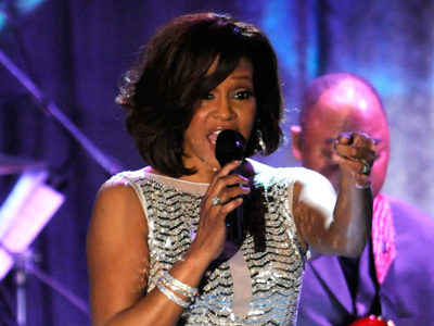 Whitney Houston performs at the Pre-Grammy Gala & Salute to Industry Icons with Clive Davis honoring David Geffen held in Beverly Hills, California, February 12, 2011 (Reuters / Phil McCarten)