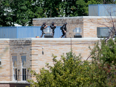 Gunman, six hostages dead after Wisconsin Sikh temple siege (PHOTOS)