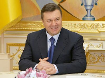 Ukraine's leader turns 60, but presidency still in infancy