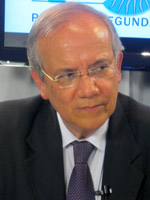 Adrian Salbuchi is a political analyst, author, speaker and radio/TV commentator in Argentina.