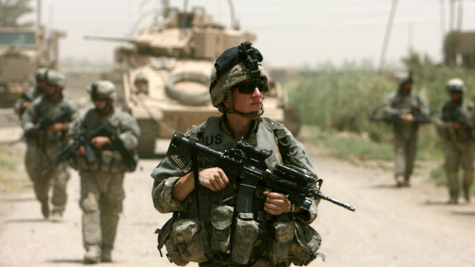 U.S. soldiers patrol in Baquba, Iraq June 26, 2007. (Reuters/Goran Tomasevic)