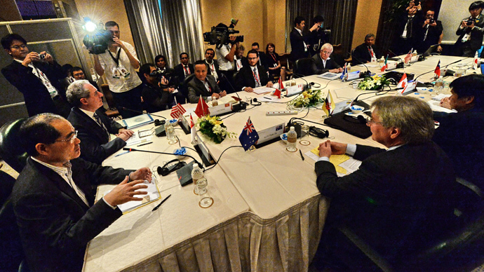 Trade ministers and representatives attend the Trans-Pacific Partnership (TPP) Ministerial Meeting in Singapore on December 7, 2013 (AFP Photo / Roslan Rahman)