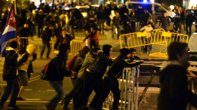 '50% youth unemployment in Spain fuels radicalization of protests'