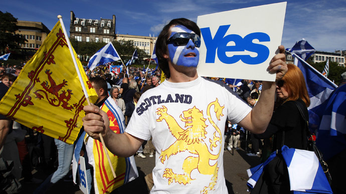 Demonstrators take part in a pro-independence rally in Princes Street gardens in Edinburgh, Scotland September 22, 2012. (Reuters)