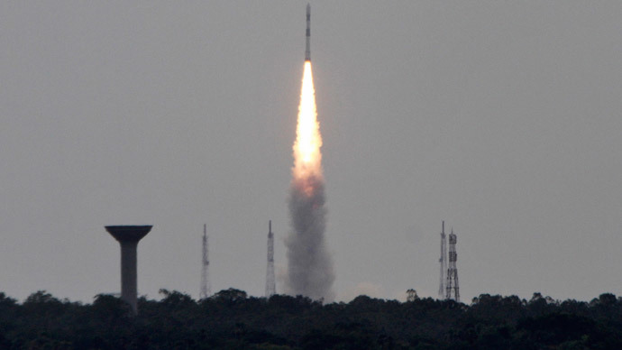 India's Polar Satellite Launch Vehicle (PSLV-C23), carrying five satellites, lifts off from the Satish Dhawan Space Centre in Sriharikota, north of the southern Indian city of Chennai June 30, 2014. (Reuters / Babu)