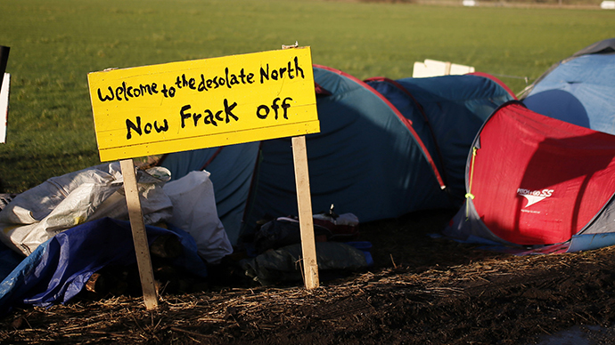A sign stands outside a protest camp at the entrance to the IGas Energy exploratory gas drilling site at Barton Moss near Manchester in northern England (Reuters / Phil Noble)