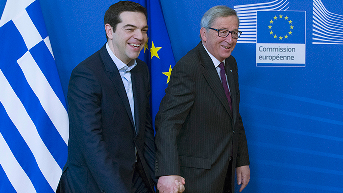European Commission President Jean-Claude Juncker (R) welcomes Greek Prime Minister Alexis Tsipras (L) ahead of a meeting at the EU Commission headquarters in Brussels February 4, 2015 (Reuters / Yves Herman)