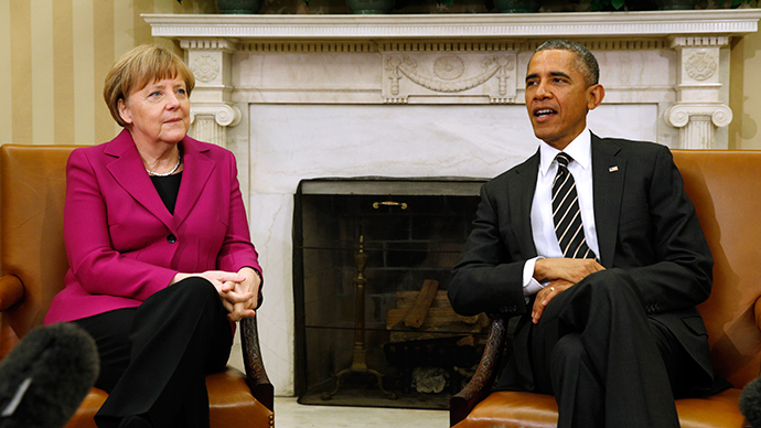 U.S. President Barack Obama meets with German Chancellor Angela Merkel to discuss the crisis in Ukraine at the White House in Washington February 9, 2015 (Reuters / Kevin Lamarque)