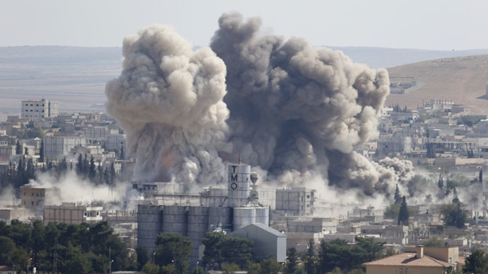 Smoke rises after an U.S.-led air strike in the Syrian town of Kobani Ocotber 8, 2014. (Reuters/Umit Bektas)