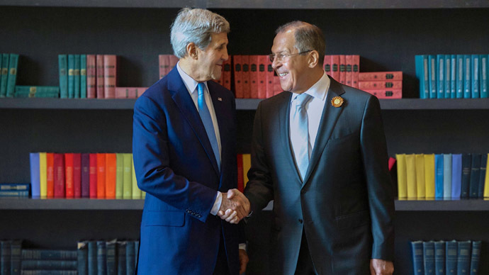 From right: Russian Foreign Minister Sergey Lavrov meets with US Secretary of State John Kerry in Sochi (RIA Novosti / Ministry of Foreign Affairs of the Russian Federation)