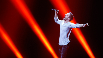 Mans Zelmerlow representing Sweden performs during a dress rehearsal for the second semifinal of the upcoming 60th annual Eurovision Song Contest in Vienna, Austria, May 20, 2015 (Reuters / Leonhard Foeger)
