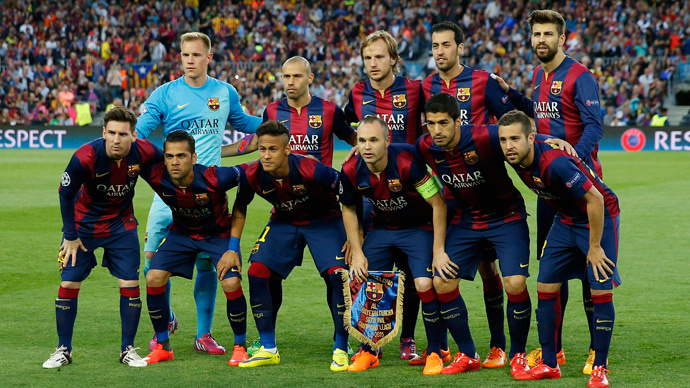 Barcelona team group (Reuters / Paul Hanna)