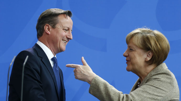 German Chancellor Angela Merkel shakes hands with Britian's Prime Minister David Cameron after a joint news conference following a meeting at the Chancllery in Berlin, Germany May 29, 2015. (Reuters/Hannibal Hanschke)