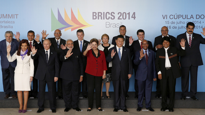Photo session for the 6th BRICS summit and the Union of South American Nations (UNASUR) in Brasilia July 16, 2014. (Reuters / Ueslei Marcelino)