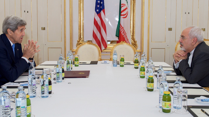 U.S. Secretary of State John Kerry (L) meets with Iranian Foreign Minister Javad Zarif at a hotel in Vienna, Austria June 30, 2015. (Reuters / State Department / Handout)