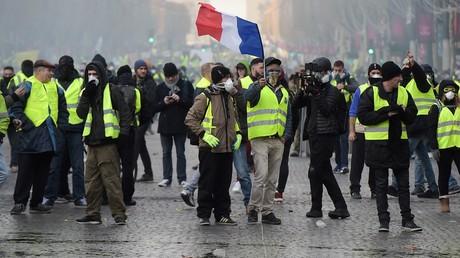 Castaner, Darmanin, les journalistes et la peste brune…