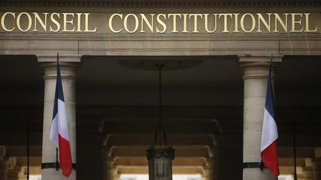 Le Conseil constitutionnel va trancher sur la conformité à la Constitution de la loi contre la manipulation de l'information