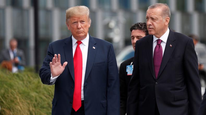 Syrie : Trump menace de «dévaster économiquement»la Turquie si elle s'en prend aux Kurdes
