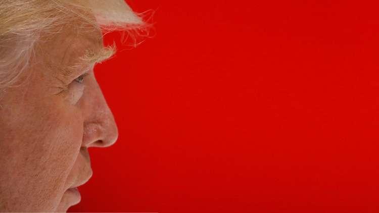 ترامب يتهم أميرالا أمريكيا متقاعدا بالتباطؤ في القضاء على بن لادن