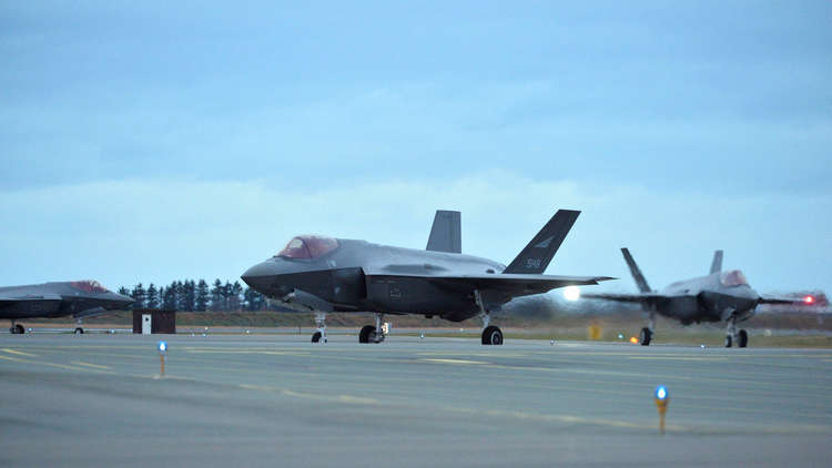 "مقاتلات ""إف-35"" قد ""تقصف"" العلاقات بين واشنطن ولندن 5c04c84cd437506f228b4582"
