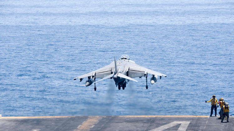 اصطدام وتحطم مقاتلتين أمريكيتين قبالة سواحل اليابان 5c08a2c795a59750128b4623
