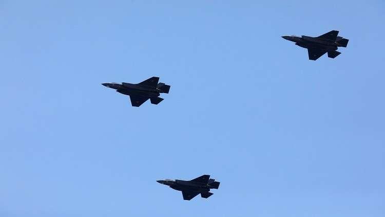 """وزير الدفاع الأمريكي المؤقت """"يشتم"""" مقاتلات """"إف-35"""" الحديثة 5c36ef4495a597a26c8b457f"""