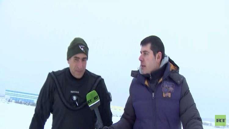 المصري أحمد جبر يتحدى الجليد في موسكو