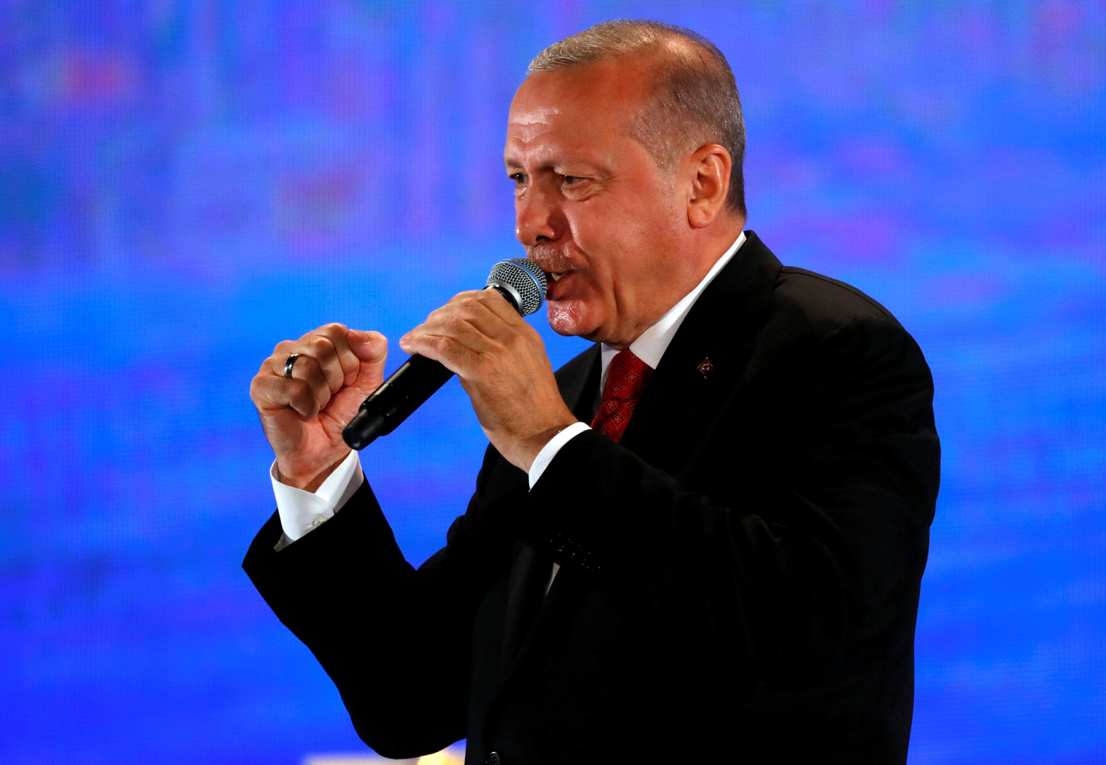 أردوغان يستفز روسيا في القرم