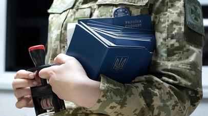 На границе с Украиной польские таможенники задержали картину, вероятно, кисти Шагала