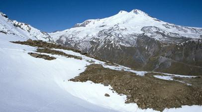 Турист сорвался во время восхождения на Эльбрус