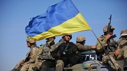 Украинские военные провели тактические учения на побережье Азовского моря