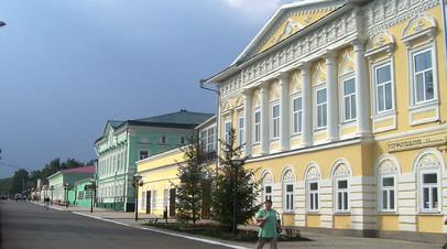 Елабуга и Сарапул подписали соглашение о сотрудничестве и стали городами-побратимами