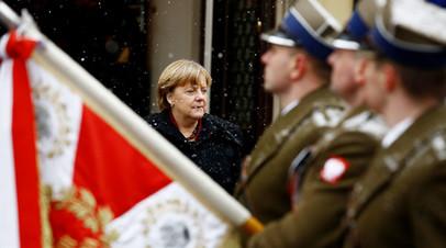 «Германия прячет голову в песок»: Варшава требует от Берлина новых компенсаций за ущерб в годы Второй мировой войны