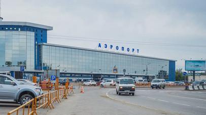 Летевший в Токио самолёт вернулся в Иркутск из-за неисправности шасси