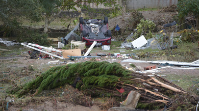 Число погибших при наводнении во Франции возросло до 13