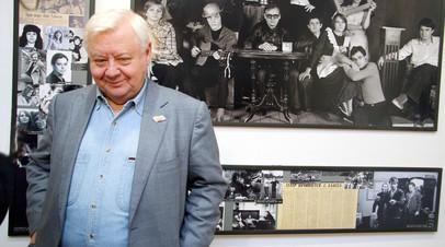 Памятник Олегу Табакову откроют 26 октября в МХТ имени Чехова