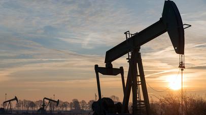 Нефтяной срыв: с чем связан обвал цен на углеводороды